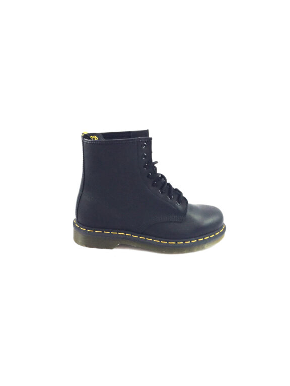 DR. MARTENS – 1460 – BLACK GREASY